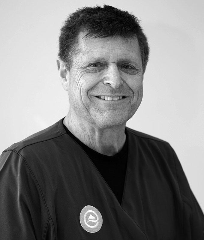 Dr. Graeme Wright